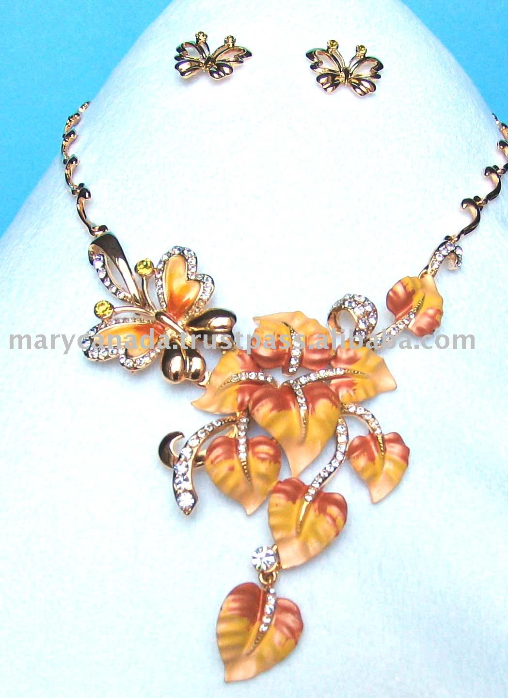 fashion jewelry design |All Jewellery Pics  fashion jewelry...