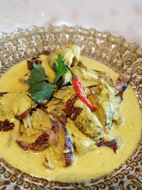 Smoked Duck Curry Kuala Pilah Signature - Gulai Itik Salai