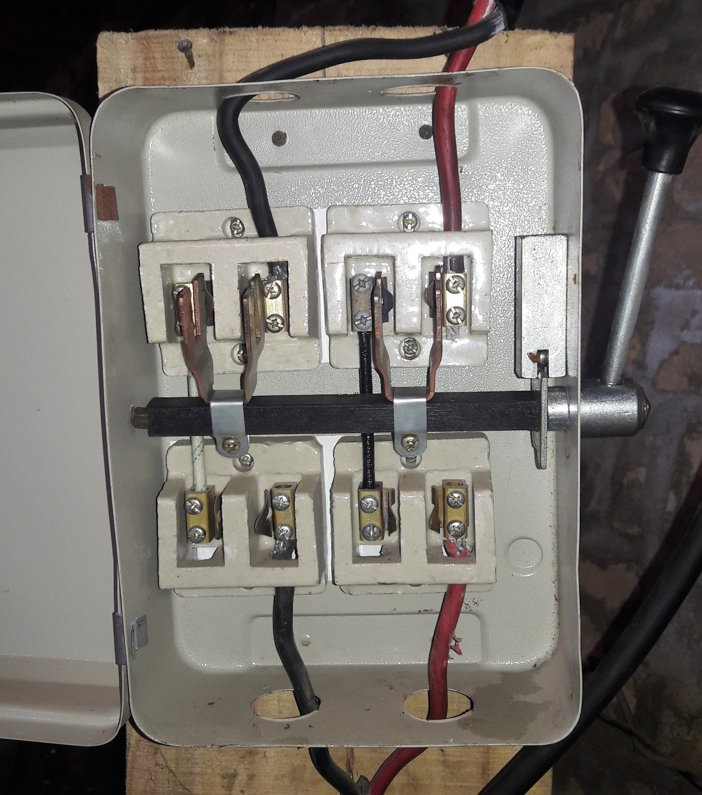small resolution of generator changeover switch