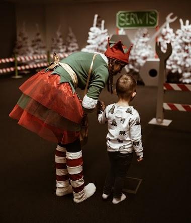 Dziecięca magia świąt tworzona przez Elfy, w ich Wielkiej Fabryce!