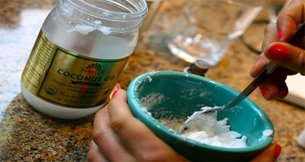 She Gave Her Husband 1 Tablespoon Of Coconut Oil Twice A Day For A Month. You Won`t Believe What Happened!!!