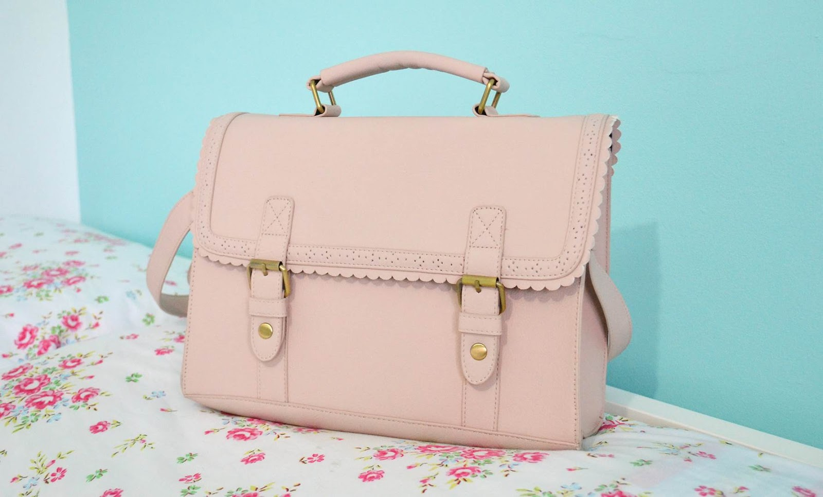 9fe71cd4b2 ASOS+Large+Satchel+Bag+With+Scallop+Trim+And+Front+Buckles.jpg