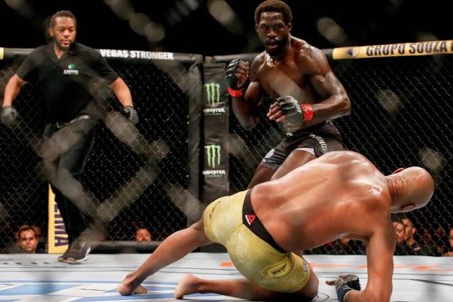 UFC: Anderson Silva cogita aposentadoria após nova derrota e lesão