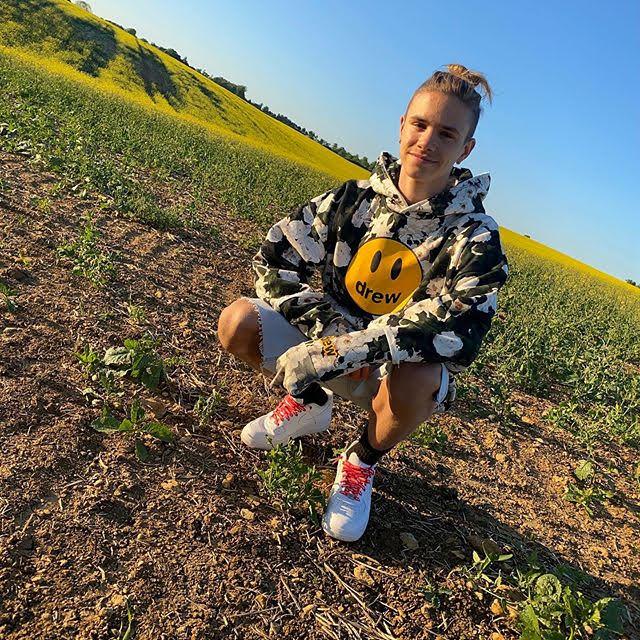 Romeo Beckham 5