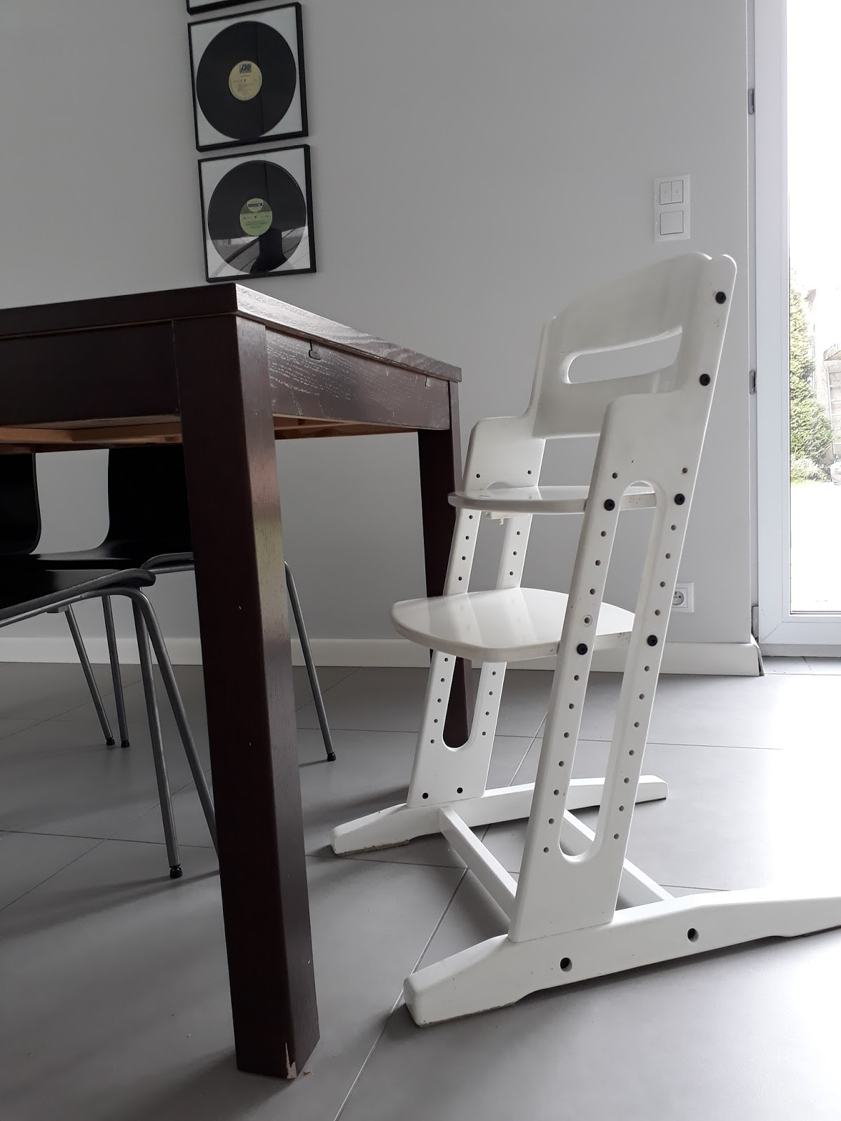 Fantastyczny Blog dla rodziców wrażliwych dzieci | mamoza.com.pl : Krzesełko do HX77