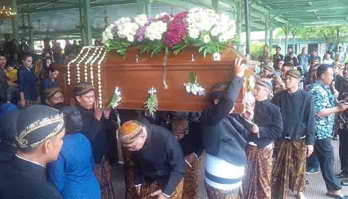 Inilah 7 Adat Pemakaman Yang Ada Di Indonesia