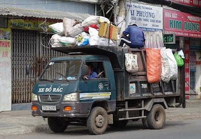 Thu phí rác sinh hoạt theo định lượng nên hay không nên