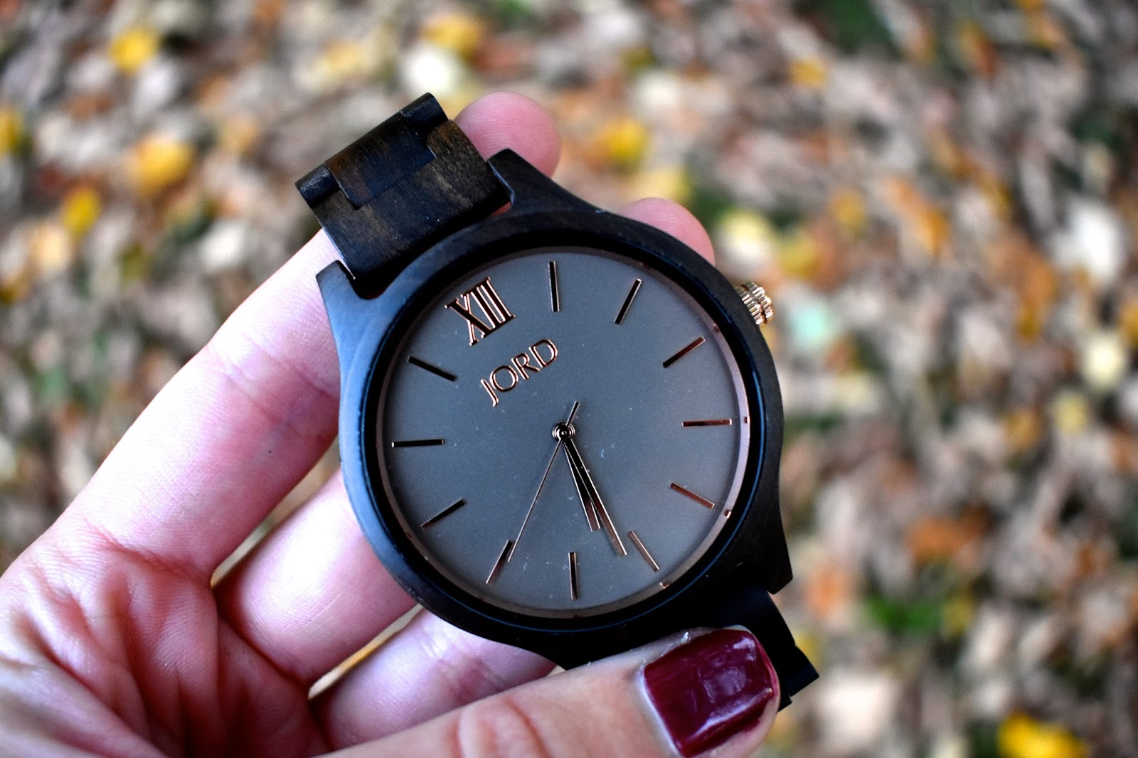 The Must-Have Timepiece for Every Millennial's Fall Wardrobe - Taylor A Mead