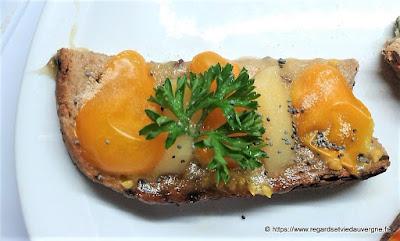 Canapés gourmands d'Auvergne.