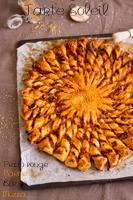 http://moi-gourmande.blogspot.fr/2016/07/tarte-soleil-pesto-rougebacon-mozza.html