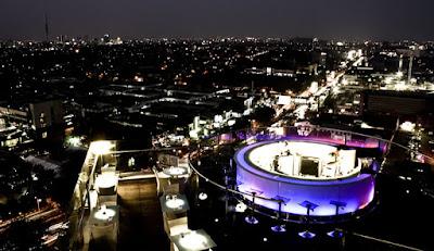 Citilities Skyclub dan Bistro Java Paragon Hotel