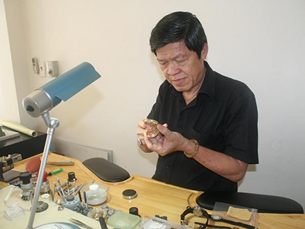 Cần tuyển nhân viên kỹ thuật sửa chữa đồng hồ
