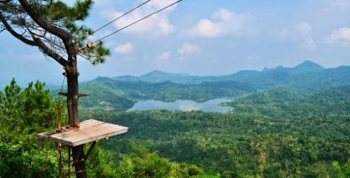 Paket Tour Jogja 1 Kali Biru - Borobudur + Lost Castle Tour