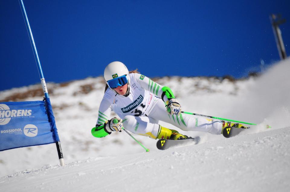 Chiara Marano tenta, mas Brasil fica sem vaga no esqui alpino feminino