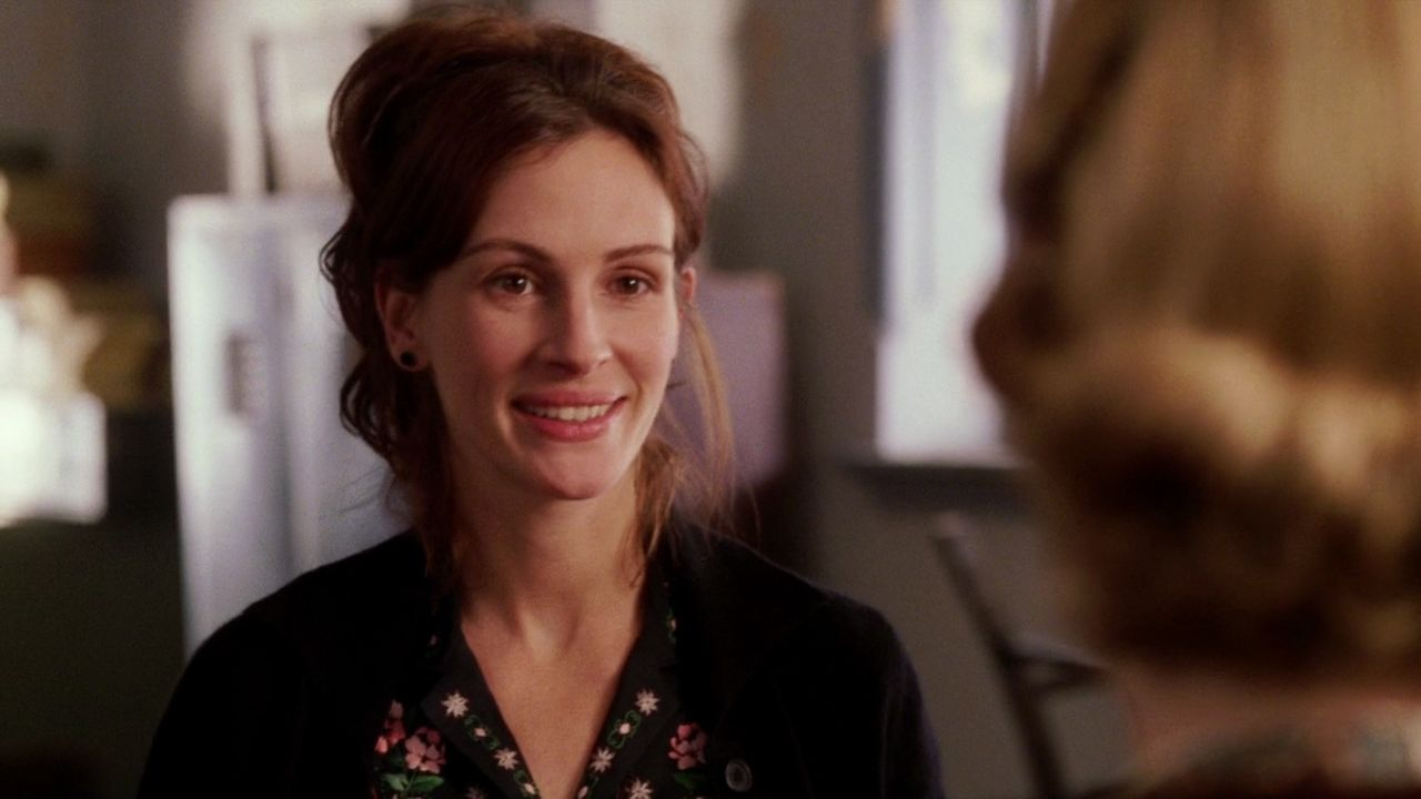 Capture The Castle Cinematic Style Julia Roberts In Mona Lisa Smile