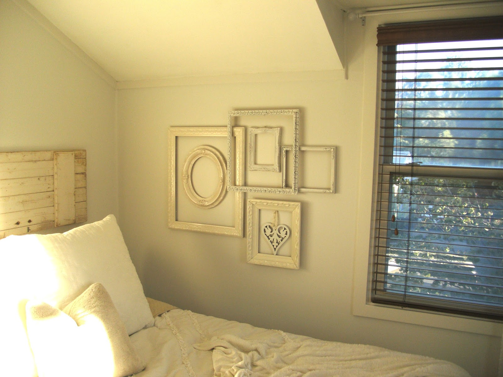 Attractive Cottage Picture Frames Elaboration - Framed Art Ideas ...