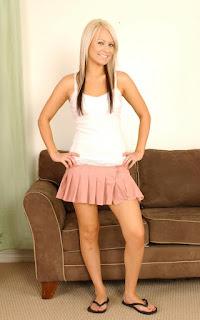 免费性感的图片 - Sexy Naked Girl Barbie Addison - 1