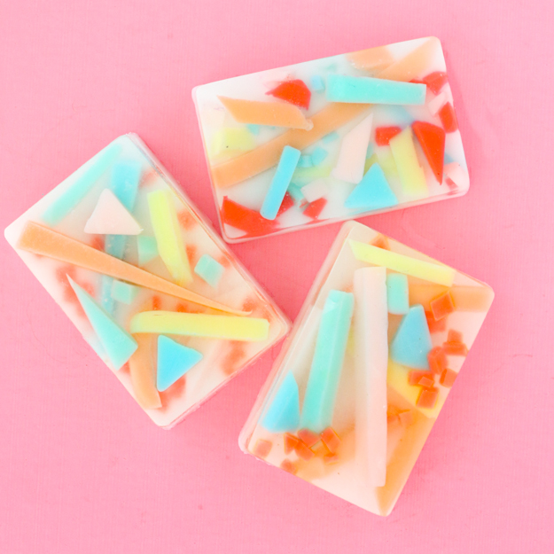 learn how easy it is to make your own abstract art soap bars with this simple craft tutorial - Colorful DIY soap tutorial and craft project - art soap - teen craft