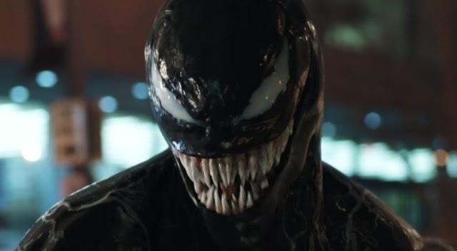 Como era de se esperar, Venom 2 irá acontecer. Mas muitas pessoas da equipe original do primeiro filme não retornarão para a sequência. Kelly Marcel fez parte do grupo de roteiristas de Venom, porém não teve um papel tão ativo, diferente do que parece estar acontecendo na continuação. Marcel é uma das pessoas que estarão em Venom 2 e segundo o Variety, tudo indica que ela será a principal escritora. Kelly é conhecida por ter escrito o roteiro do primeiro filme da franquia 50 Tons de Cinza. Será que a parte dois de Venom irá prestar? Ou será como o primeiro?