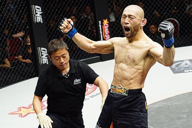 Pursuit Of Greatness : Masakazu Imanari def. Radeem Rahman by submission, Round 1