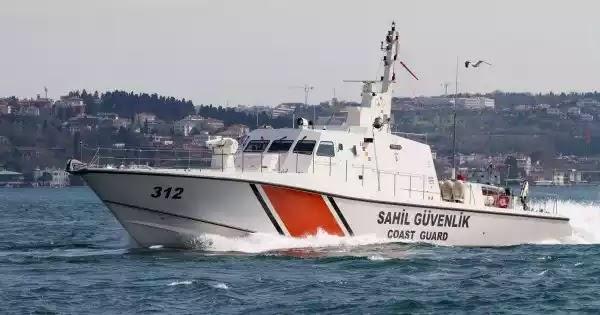 Νέες τακτικές: Τούρκοι λιμενικοί κλέβουν στα Ίμια από Έλληνες ψαράδες το παραγάδι (βίντεο)