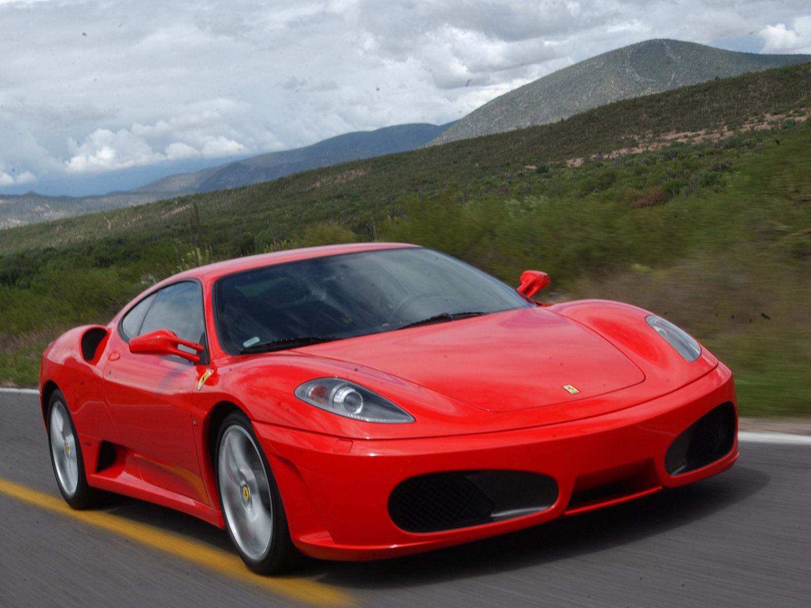 Ferrari Sports Cars Wallpapers Racing Cars Street