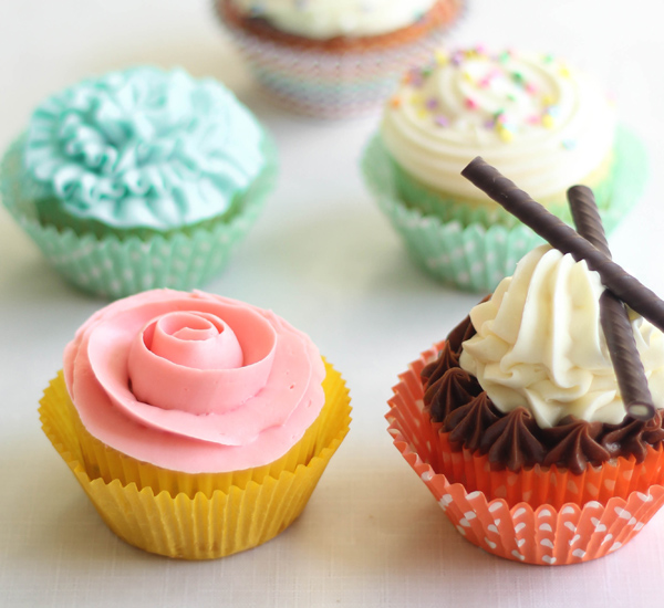 Easy Cake Frosting Recipe For Decorating