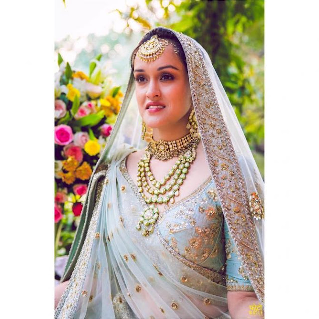 The-beautiful-bride-Pia