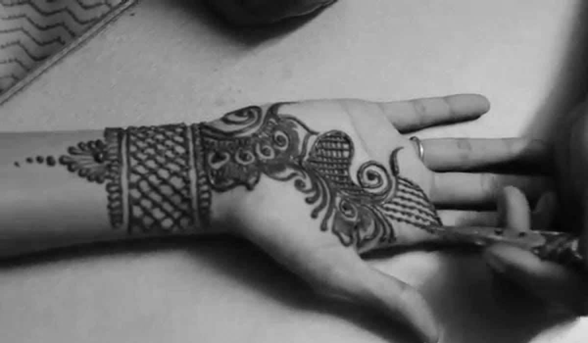Henna Designs for Eid Photos