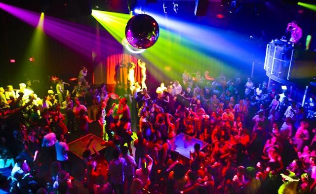 Golden Crown Diskotik Dan Club Malam