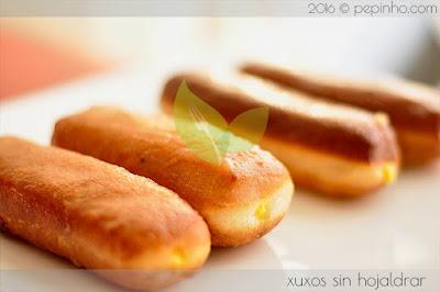 Xuxos rellenos de crema (sin hojaldrar)