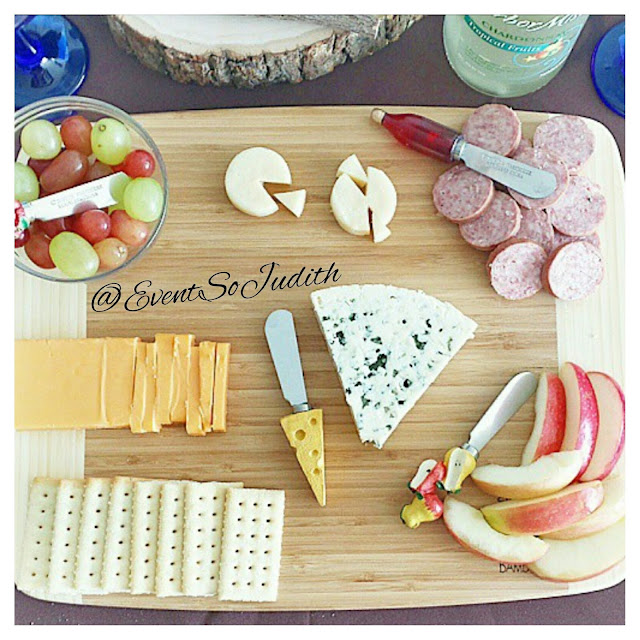 Dinner Party Appetizer, cheeseboard for your next dinner party