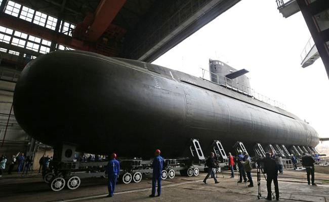 Kapal selam Kronstadt kelas Lada