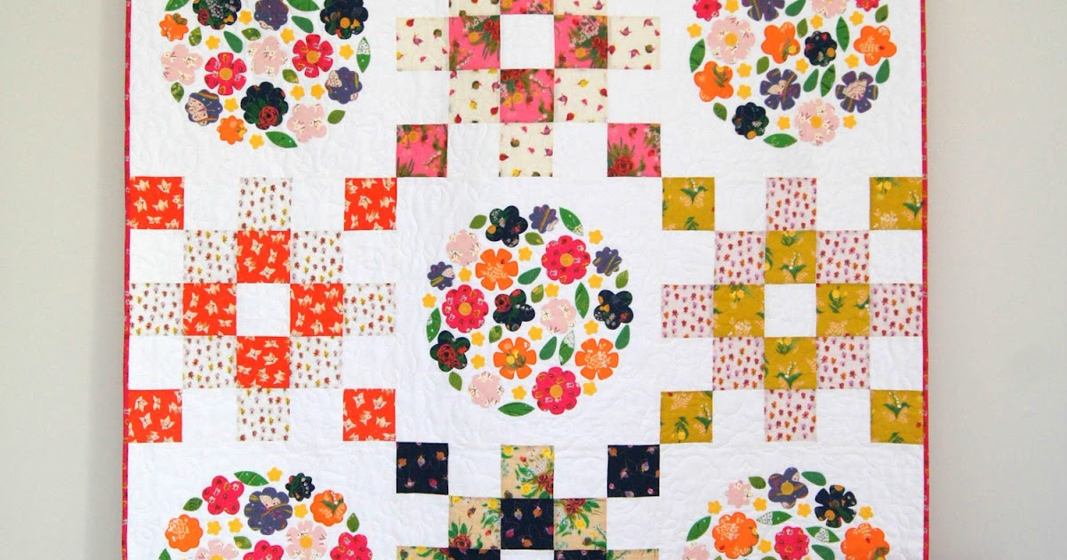 Tied With A Ribbon: Blooms Garden Quilt