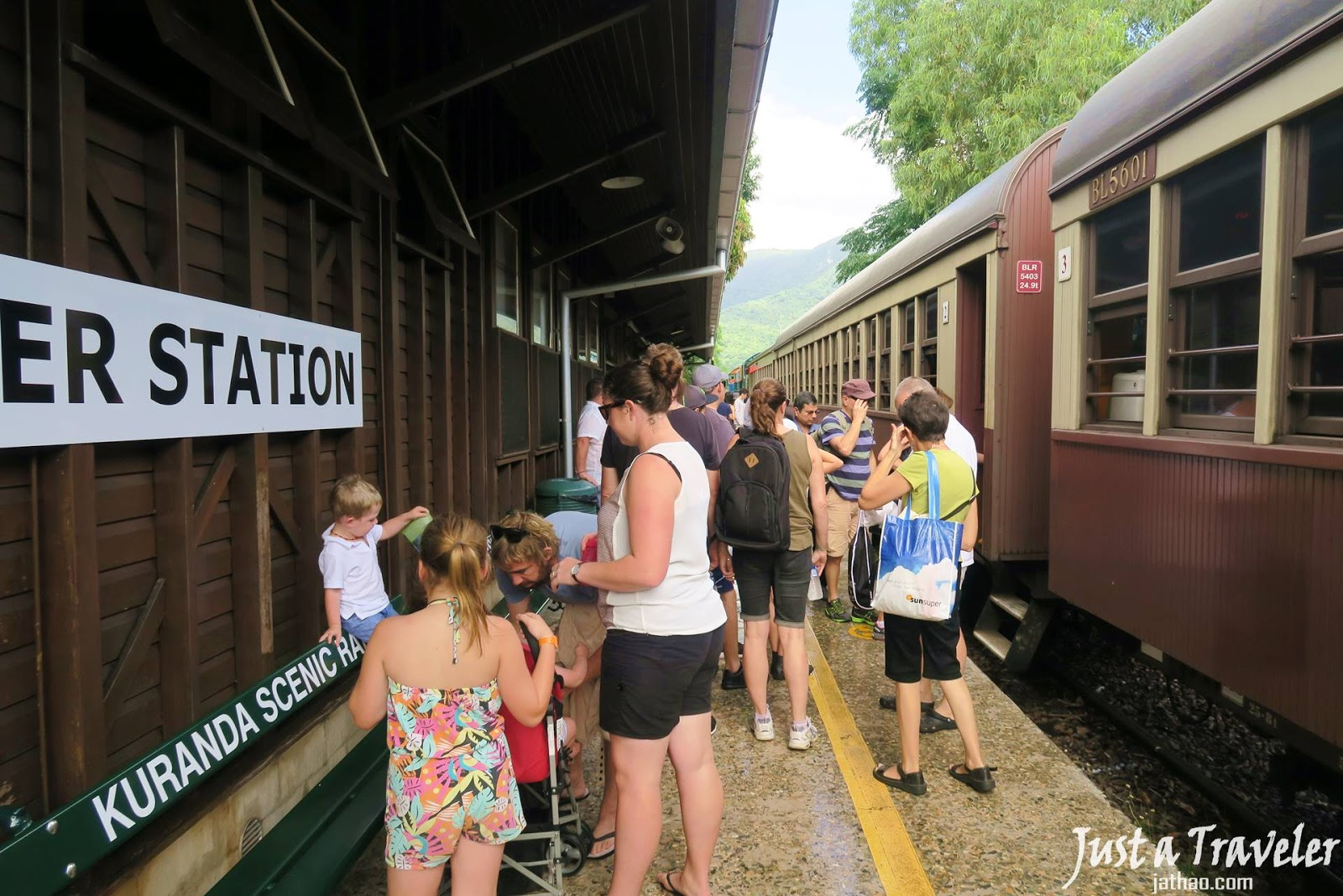 凱恩斯-庫蘭達-交通-觀光火車-自由行-旅遊-澳洲-Cairns-Kuranda-Scenic-Railway-Travel-Tourist-Attraction-Australia