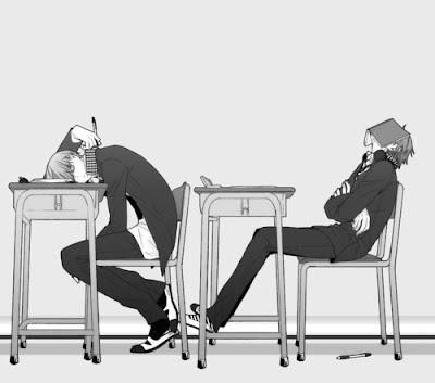 Dos estudiantes aburridos en clase en blanco y negro
