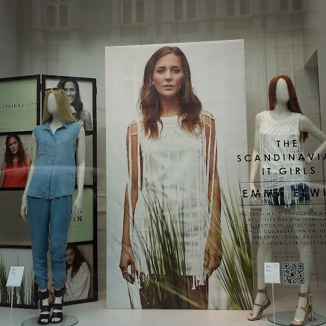 How to stop shopping - window shopping at Gina Tricot