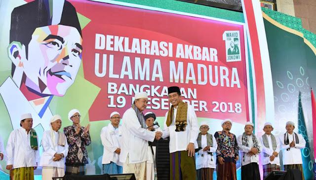 Ngabalin Tuding Ada 'Penyusup' Saat Kampanye Jokowi di Bangkalan