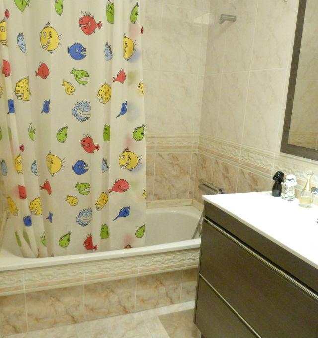 reforma de mi baño sin obras, antes y después. Renovar el baño sin obras. Fotos de antes