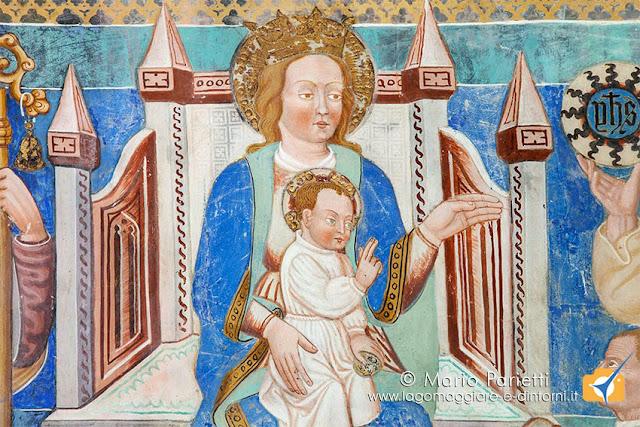 Affreschi nella chiesa dedicata a a san Carlo di Negrentino