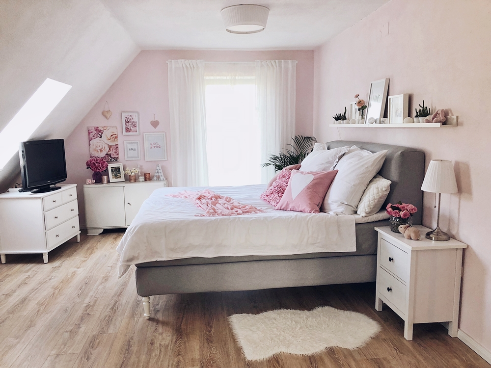 schlafzimmer update boxspringbett interior fashion kitchen. Black Bedroom Furniture Sets. Home Design Ideas