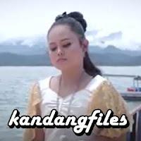 Lirik dan Terjemahan Lagu Fadila Sukma - Sumpah Cinto