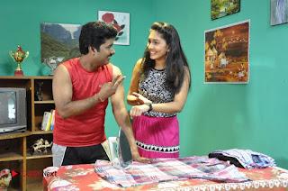 Ennodu Nee Irundhaal Tamil Movie Gallery  0023.jpg