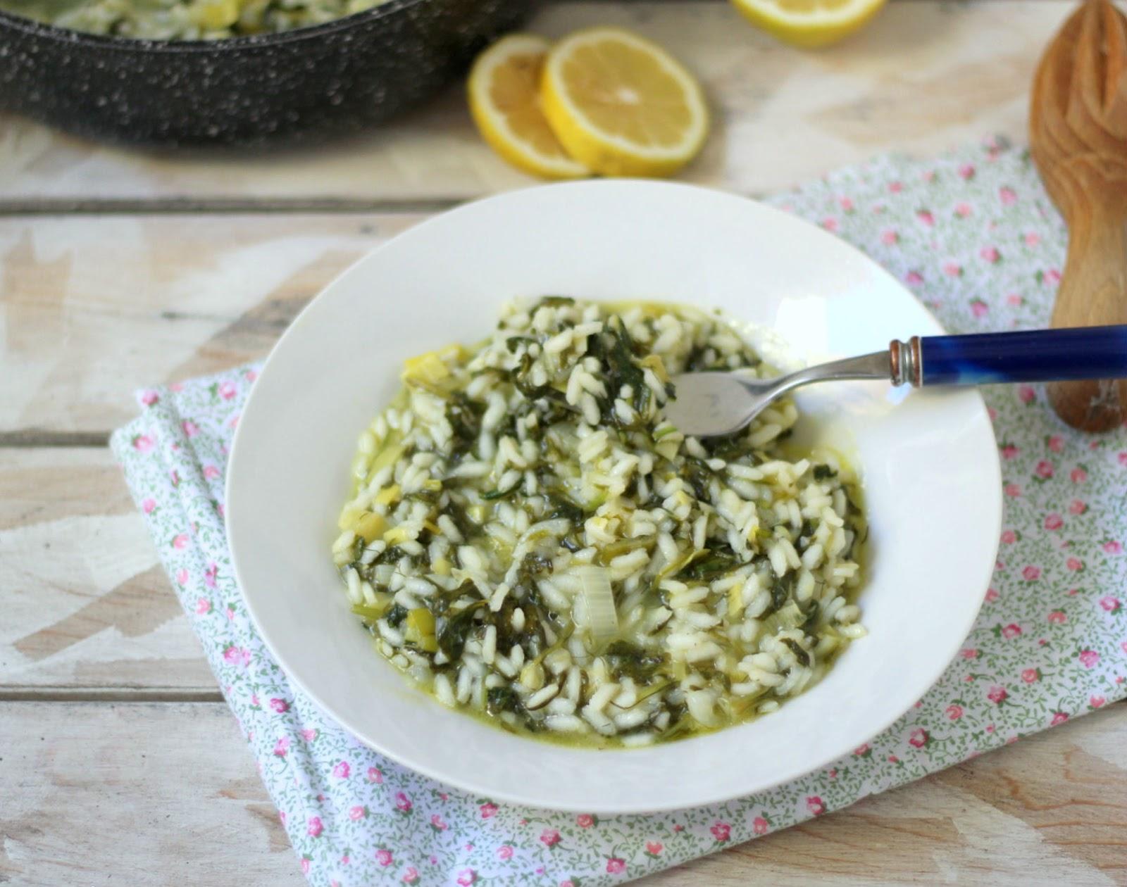 Mangiare greco cucina greca con tutte le ricette tipiche spanakorizo risotto con spinaci al - A tavola con guy ricette ...