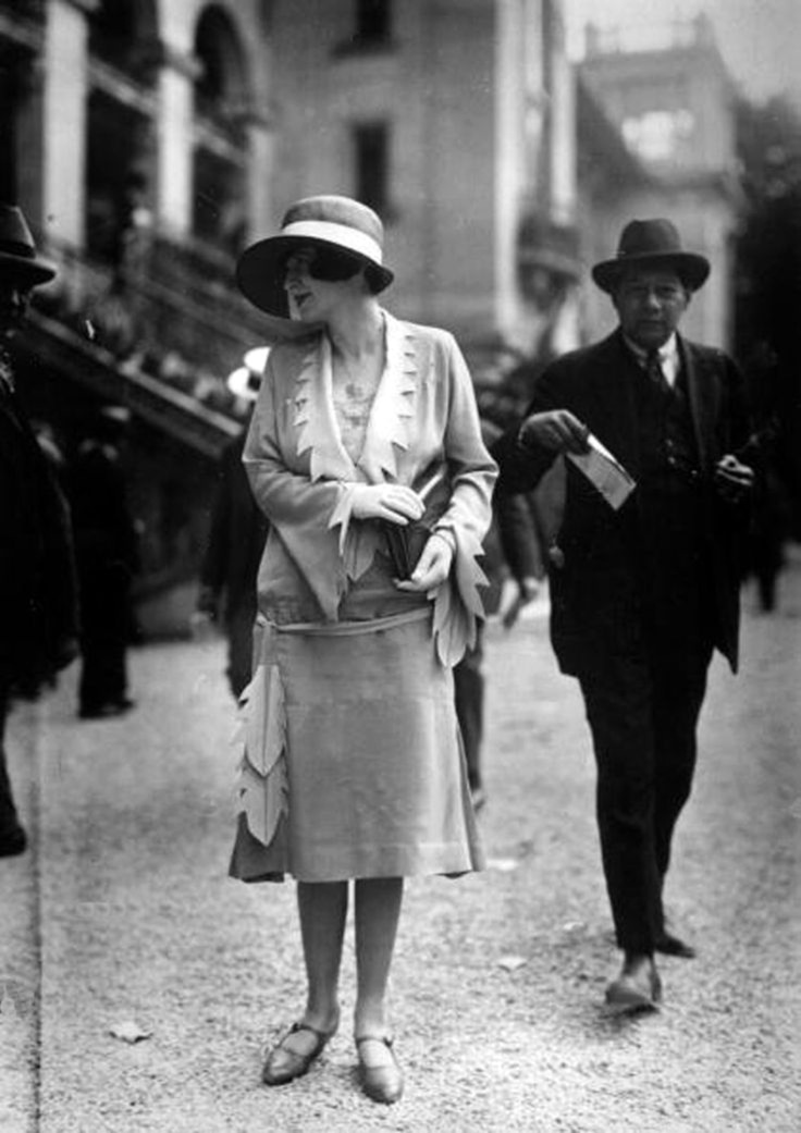 50 Fabulous Vintage Photos That Show Women S Street Style