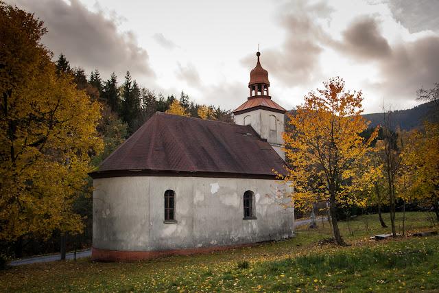 http://sasulka.rajce.idnes.cz/2016_10._28._-_30._-_Kraliky_a_okoli/