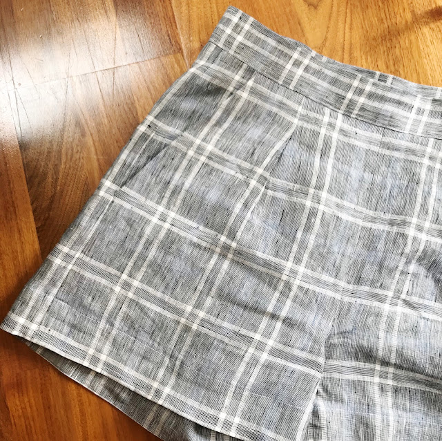 Diary of a Chain Stitcher: Checked Linen Megan Nielsen Flint Shorts & Embroidered Voile Ogden Cami in fabrics from The Fabric Store