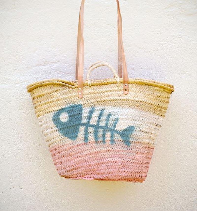 borsa di paglia decorata mare