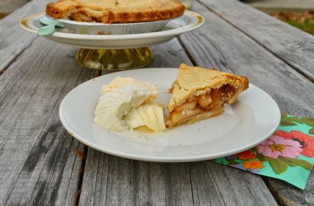Thanksgiving decorations idea: vintage pie stand