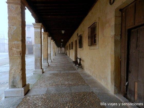 Soportales en la Plaza de la Catetral de El Burgo de Osma, Soria